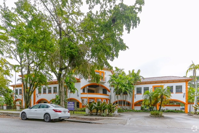 Valcourt Behavioral Health cuenta con Nuevas Oficinas en Miami Lakes